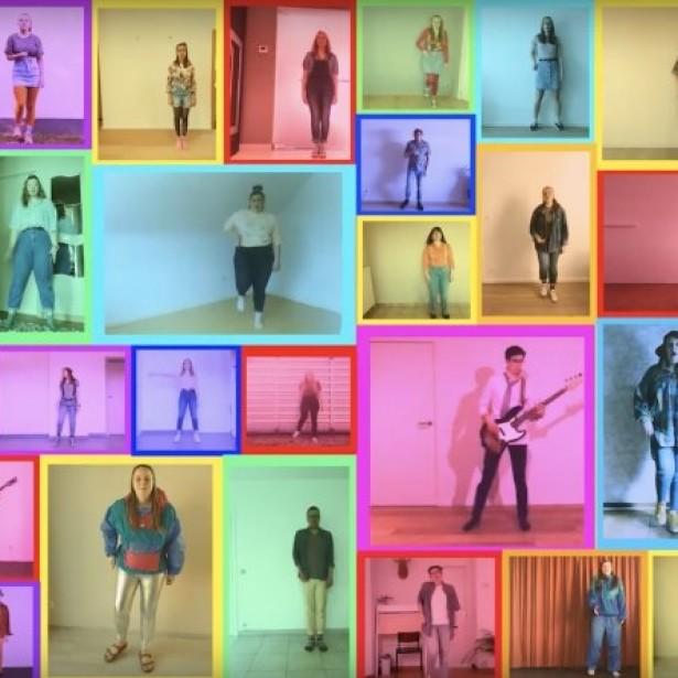 Afbeelding Apart maar toch samen zingen in COVID-19 stijl